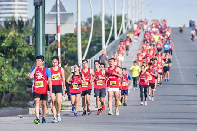 Giải Marathon Quốc tế Techcombank 2018 - nóng hơn bao giờ hết 3