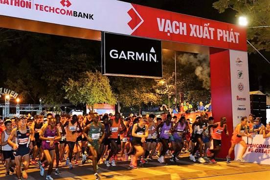 Giải Marathon Quốc tế Techcombank 2018 - nóng hơn bao giờ hết 1