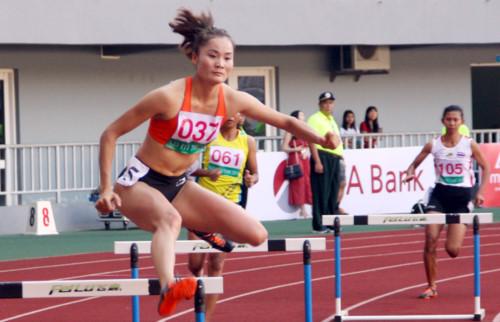 Quách Thị Lan giành 3 HCV ở 19th ASEAN University Games. 1