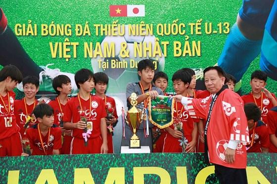 Tokyu S Reyes vô địch U13 Việt Nam - Nhật Bản 1