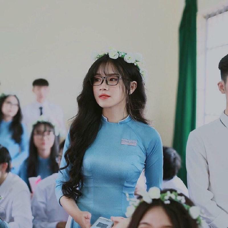 Gái xinh mặc áo dài trắng đẹp dịu dàng duyên dáng Việt Nam 2
