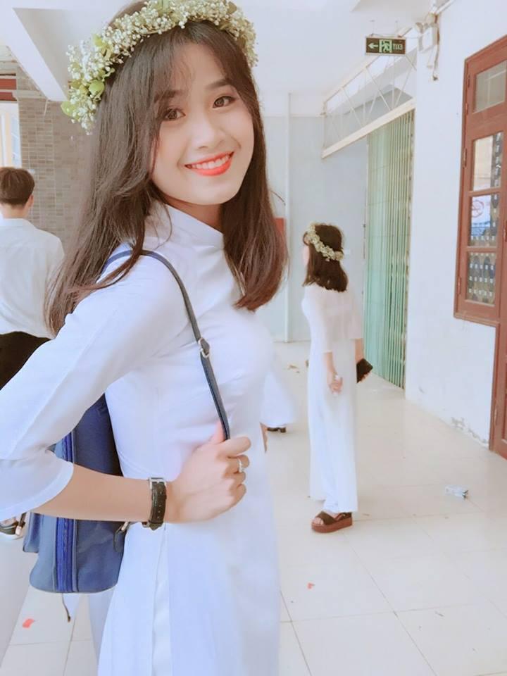 Gái xinh mặc áo dài trắng đẹp dịu dàng duyên dáng Việt Nam 12
