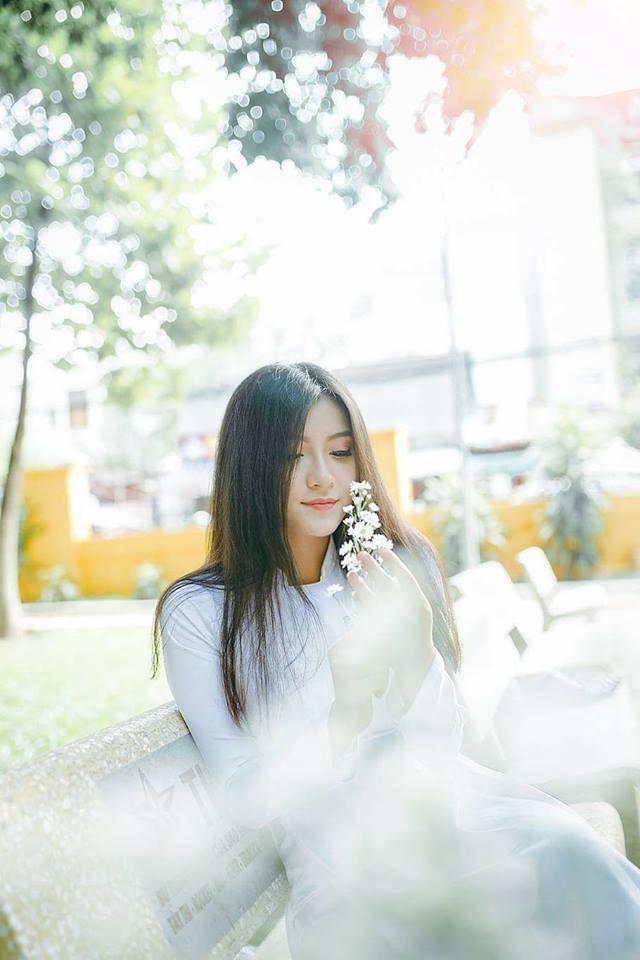Gái xinh mặc áo dài trắng đẹp dịu dàng duyên dáng Việt Nam 17