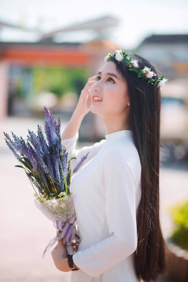 Gái xinh mặc áo dài trắng đẹp dịu dàng duyên dáng Việt Nam 20