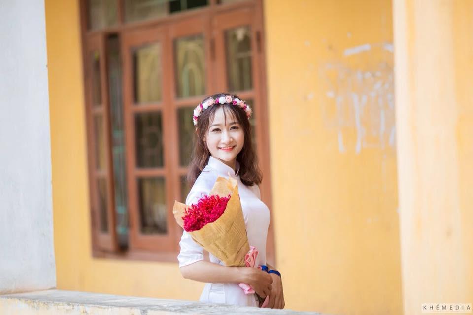 Gái xinh mặc áo dài trắng đẹp dịu dàng duyên dáng Việt Nam 22