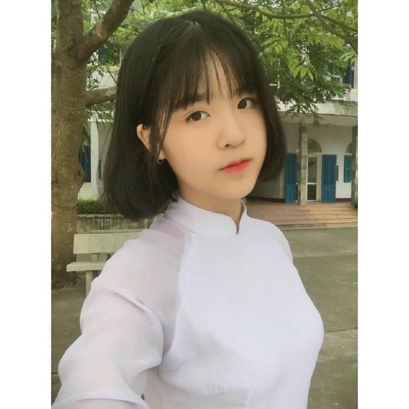 Gái xinh mặc áo dài trắng đẹp dịu dàng duyên dáng Việt Nam 33