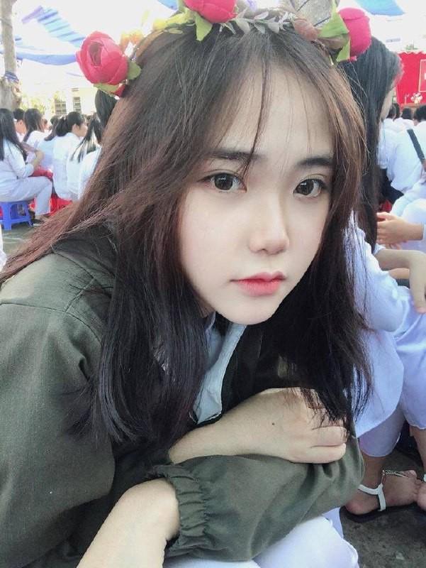 Gái xinh mặc áo dài trắng đẹp dịu dàng duyên dáng Việt Nam 34