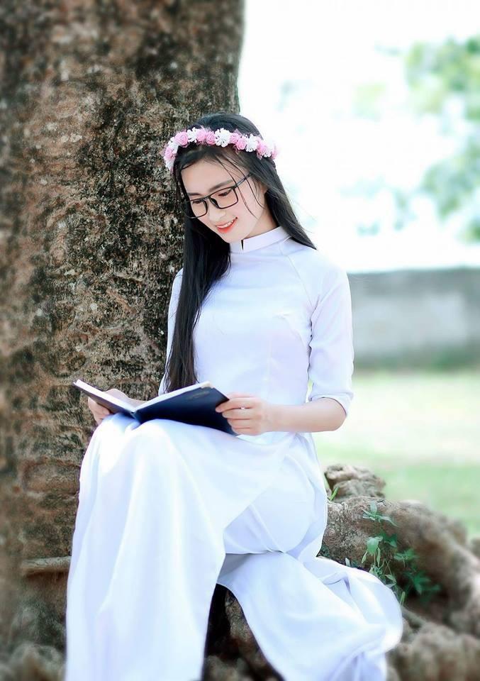 Gái xinh mặc áo dài trắng đẹp dịu dàng duyên dáng Việt Nam 7