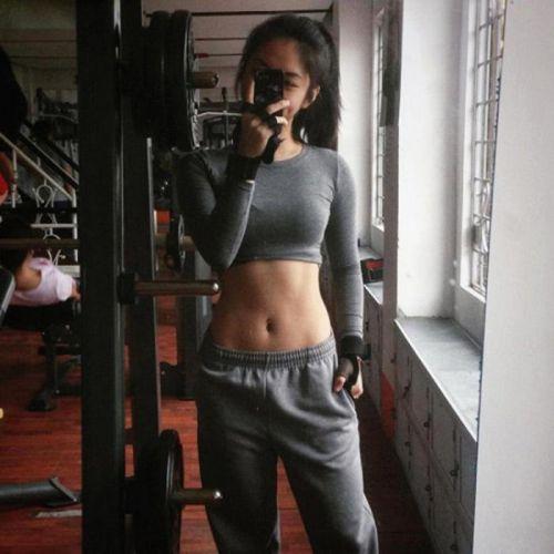 gái xinh tập gym 20