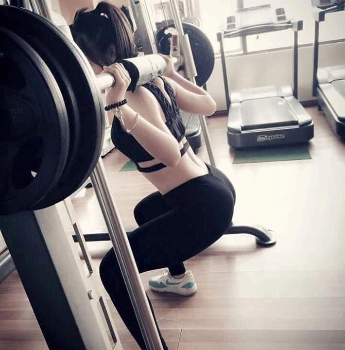 con gái tập gym hot