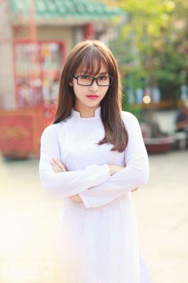 Hình nền gái xinh áo dài, ảnh gái đẹp hot girl dễ thương 11