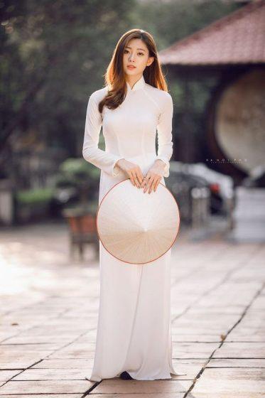 Hình nền gái xinh áo dài, ảnh gái đẹp hot girl dễ thương 13