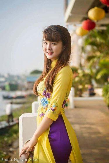 Hình nền gái xinh áo dài, ảnh gái đẹp hot girl dễ thương 22
