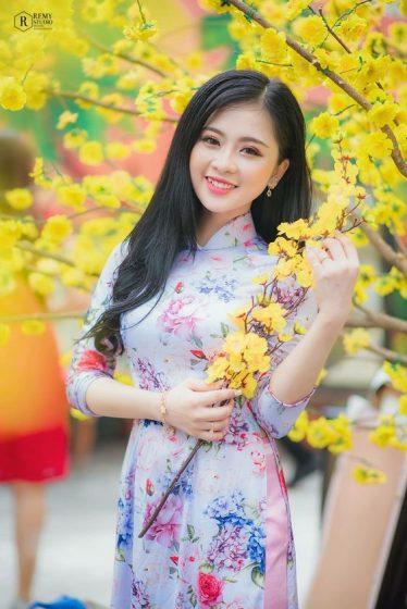 Hình nền gái xinh áo dài, ảnh gái đẹp hot girl dễ thương 3