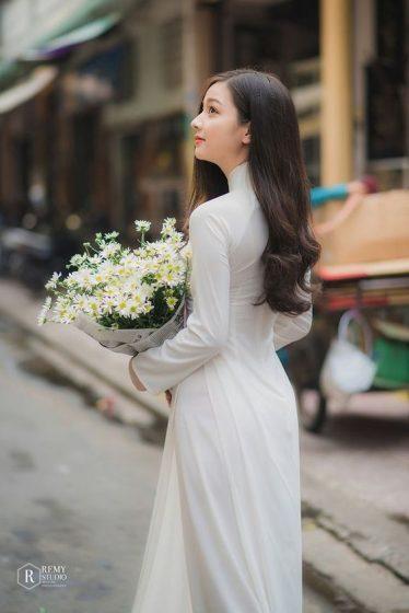 Hình nền gái xinh áo dài, ảnh gái đẹp hot girl dễ thương 32