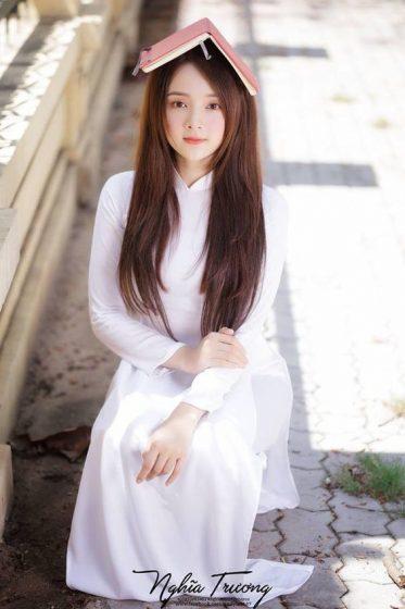 Hình nền gái xinh áo dài, ảnh gái đẹp hot girl dễ thương 8