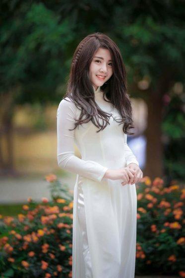 Hình nền gái xinh áo dài, ảnh gái đẹp hot girl dễ thương 1