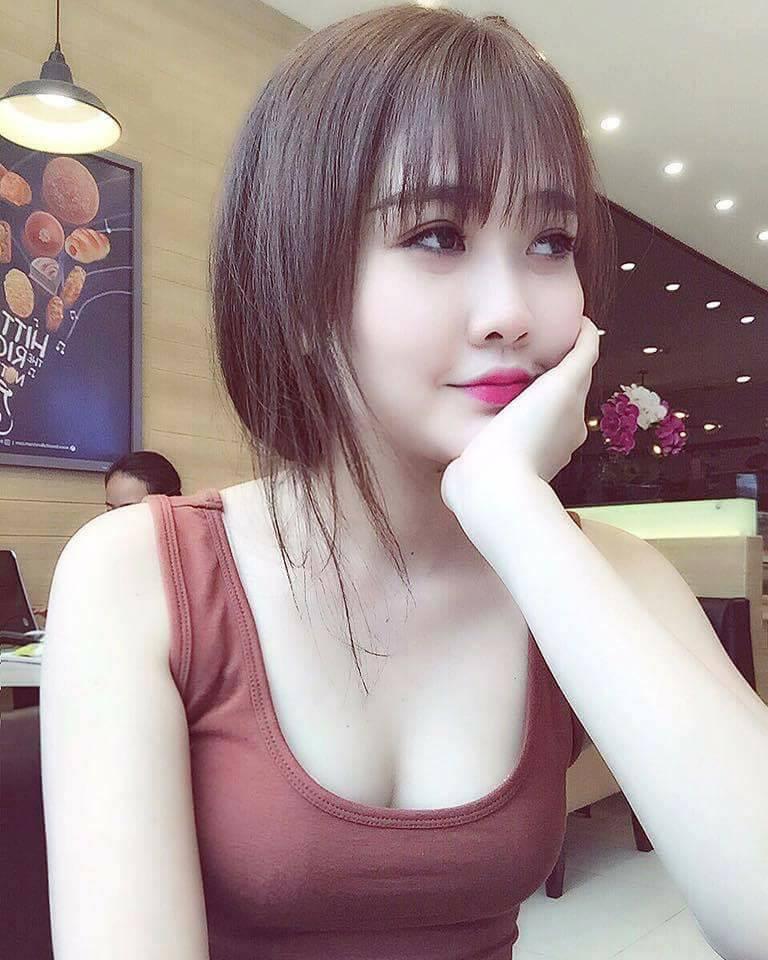 Hình nền gái xinh áo dài, ảnh gái đẹp hot girl dễ thương 53