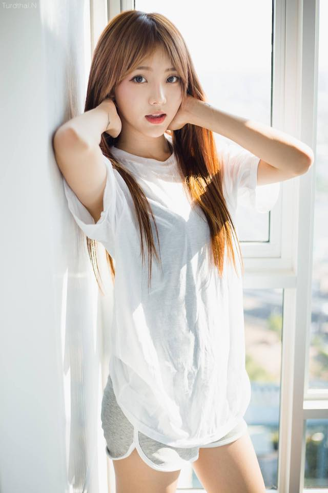 Hình nền gái xinh áo dài, ảnh gái đẹp hot girl dễ thương 59