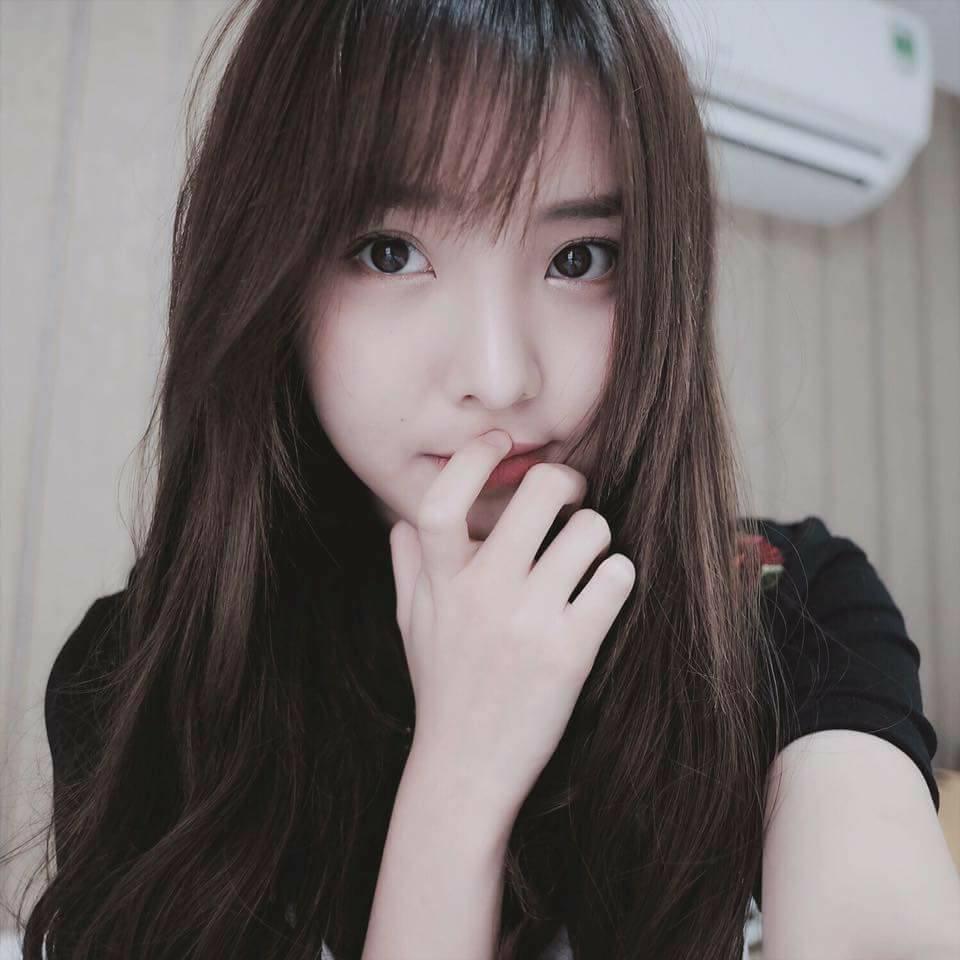 Hình nền gái xinh áo dài, ảnh gái đẹp hot girl dễ thương 61